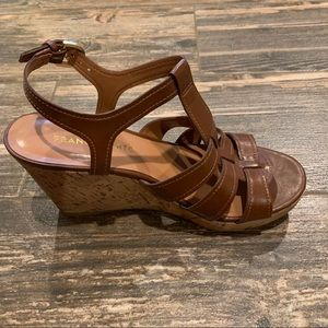 Franco Sarto Mary Beth Brown cork wedge sandal 7M